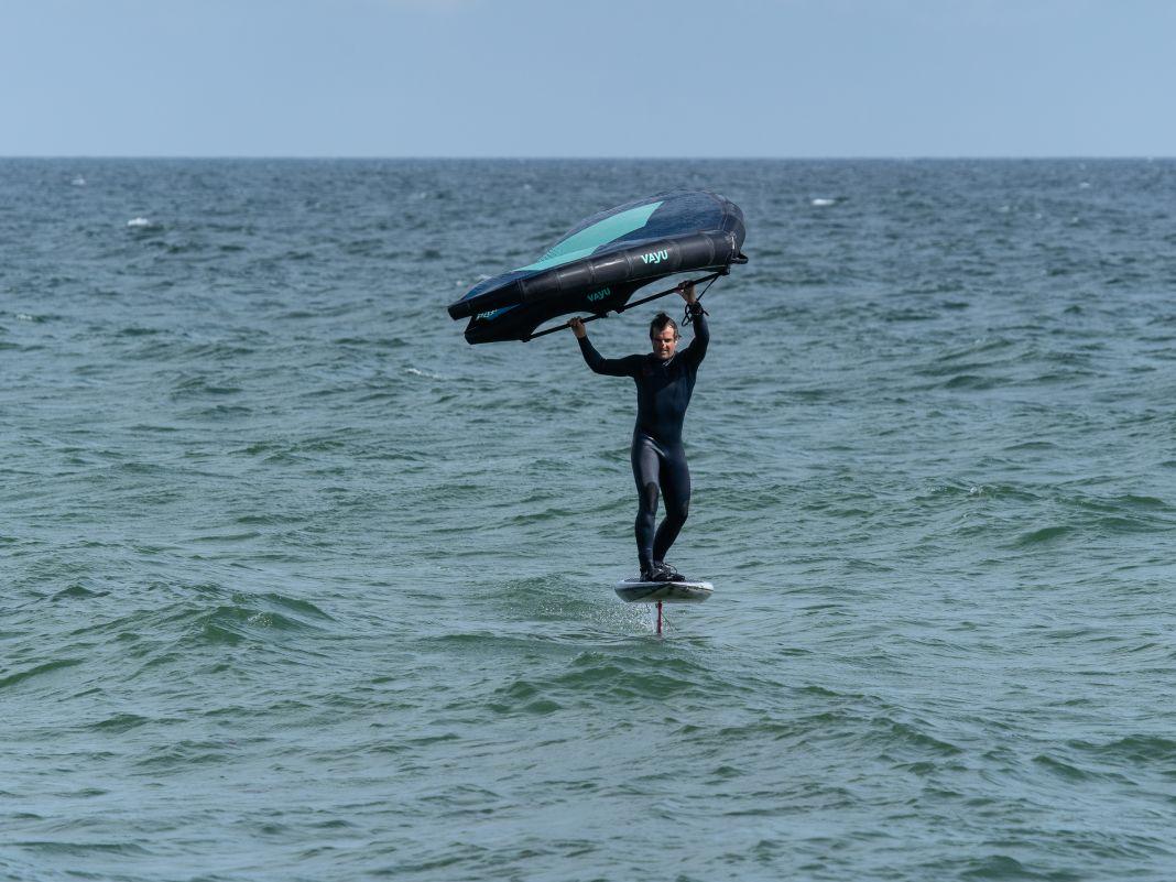2. Positioniere dich auf einem kleinen Wellenhang