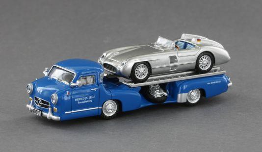 """Das """"Blaue Wunder"""", der klassische Renntransporter von Mercedes-Benz aus den Fünfzigern, kommt von Le Grand als Fertigmodell in 1:87 samt dem 300 SLR als stilechtem Ladegut"""