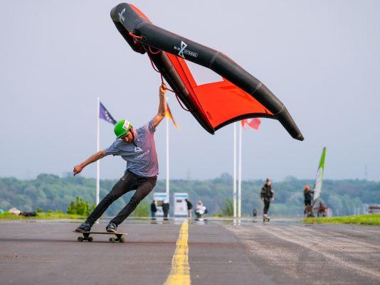 Anton Munz leistete wahre Pionierarbeit beim Wingskaten.