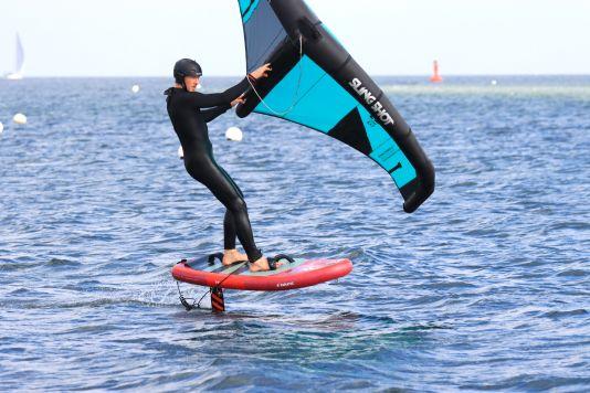Das Fanatic Sky Air Premium Wingboard gibt's in drei Größen