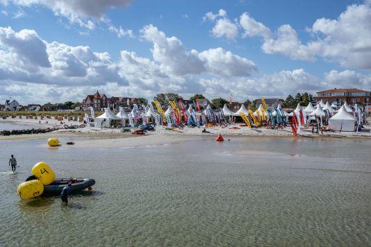 Testmaterial war auf dem Foil Festival am Schönberger Strand reichlich verfügbar