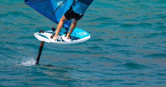 Im Windsurf-Einsatz bietet die äußere Schlaufenposition ein sportliches aber gut zugängliches Setup