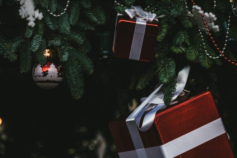 Weihnachtsbaum mit Geschenke