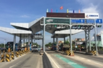 Vietnam aims to complete roll-out of cashless tolling by 2019