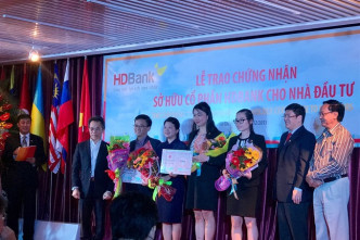 Clean-up makes Việt Nam banks attractive to foreign investors