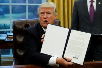 Trump considers re-joining Pacific trade pact he once spurned