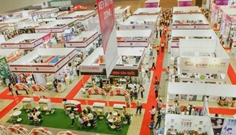 Dual fairs on premium, mother, baby products kick off in HCM City