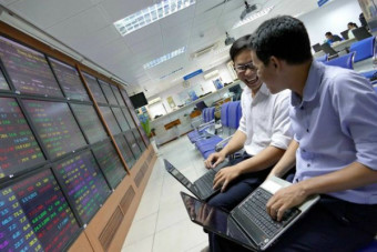 """2017—A year of """"firsts"""" for Vietnamese stock market"""