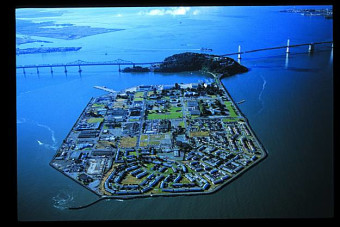 Can you name 15 islands in San Francisco Bay?