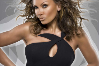 Vanessa Williams talks touring the world, hearing herself on the radio and 'RuPaul's Drag Race'