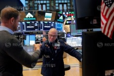 US STOCKS-Wall St strives to bounce back from worst week in two years