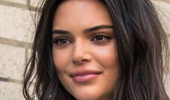 Kendall Jenner rocks a very uncomfortable looking pair of jeans in NYC