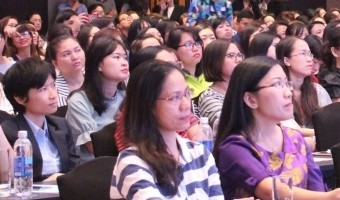 Survey: retail and financial firms most eager to hire in Vietnam