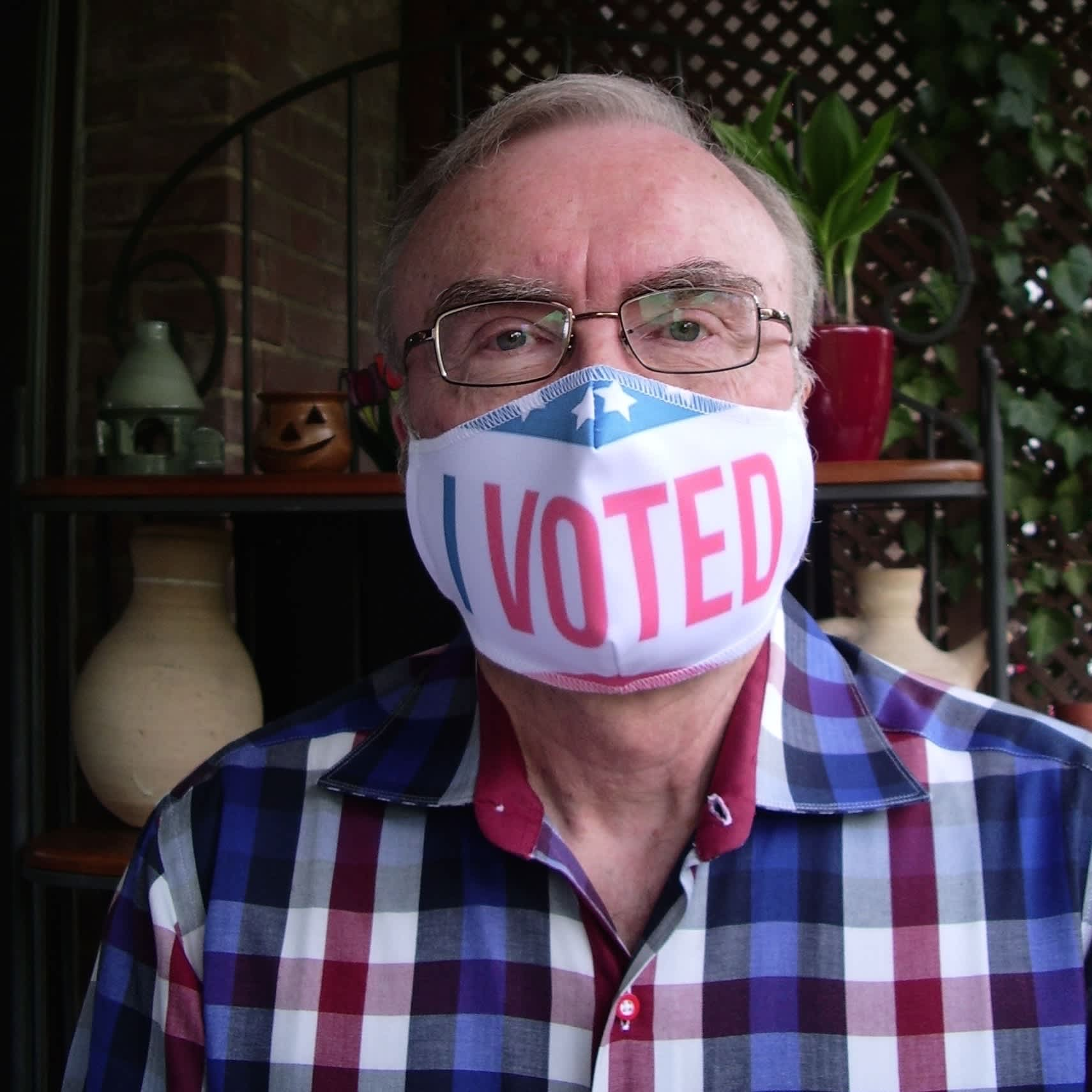 Gerald Loftus with his I Voted face mask