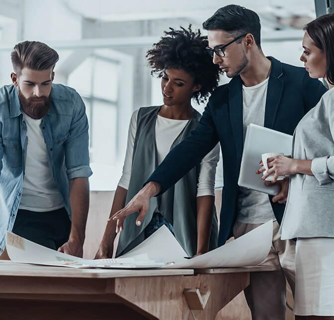 business-people-in-modern_office