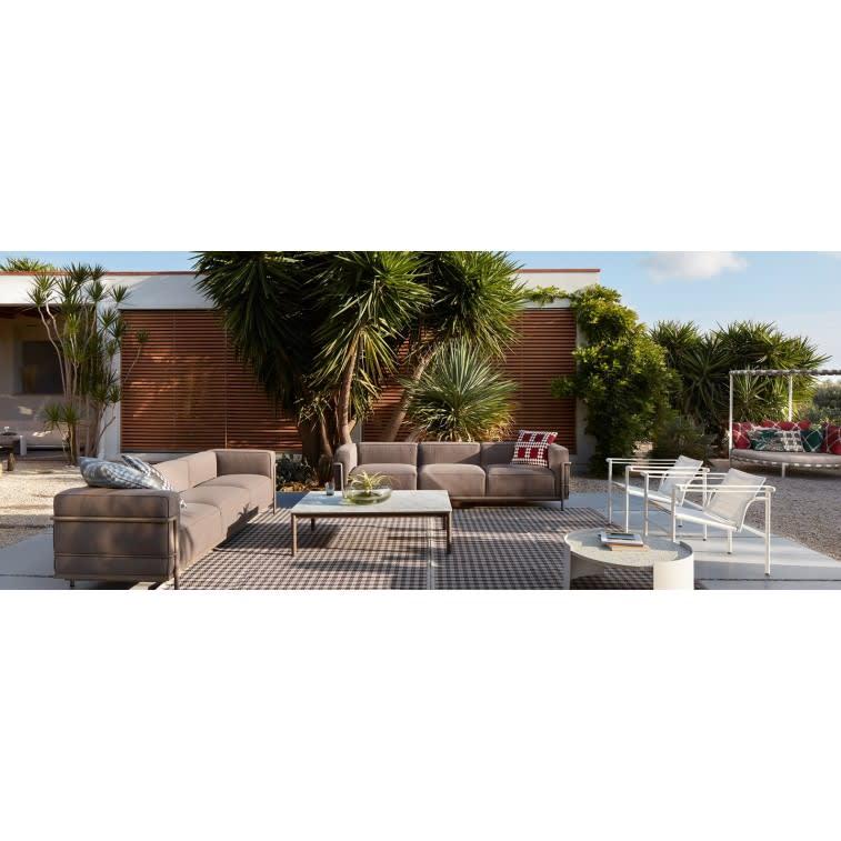 cassina-alhambra-carpet-outdoor-settled
