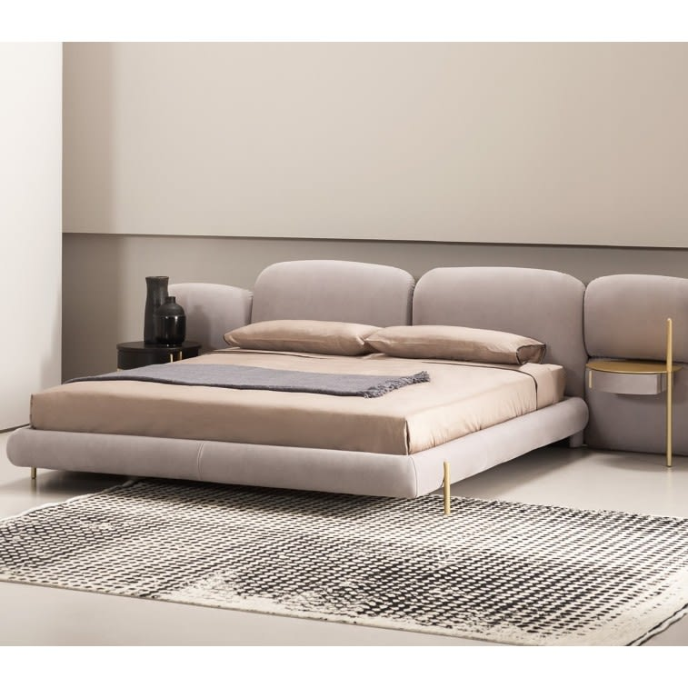 Baxter Stone bed