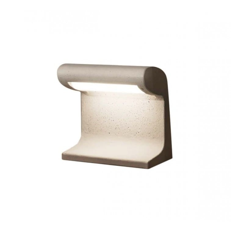 Borne Beton PetiteLe Corbusier Table lamp