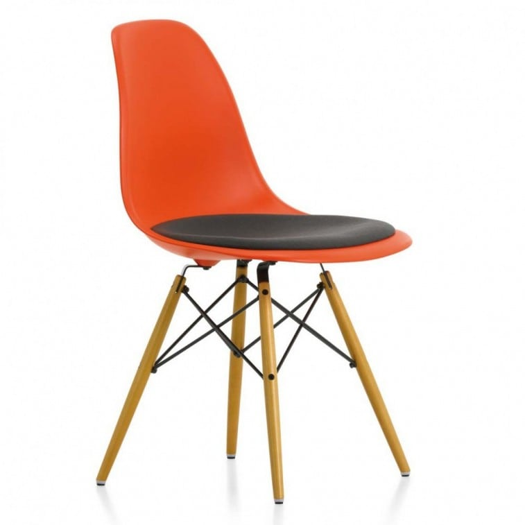 Eames Plastic Side Sedia DSW-Chair-VItra-Charles & Ray Eames