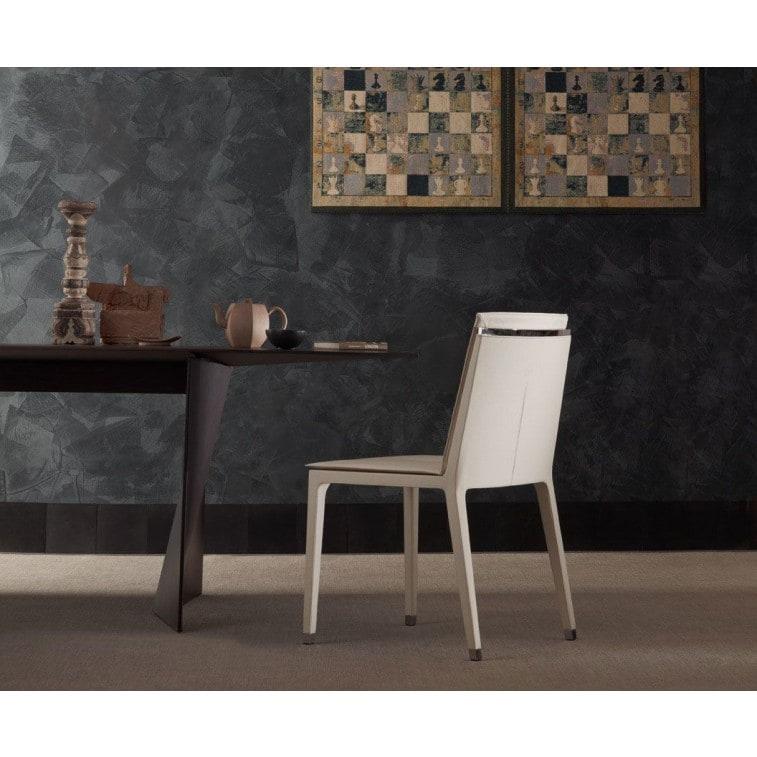 Poltrona Frau Fitzgerald Chair | Deplain.com