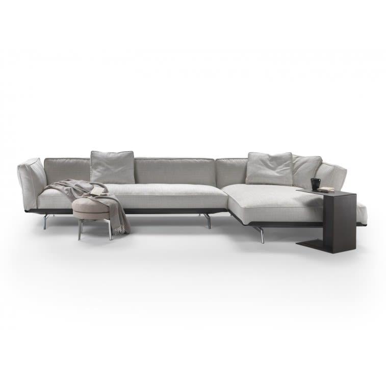 Flexform Este Sofa by Antonio Citterio