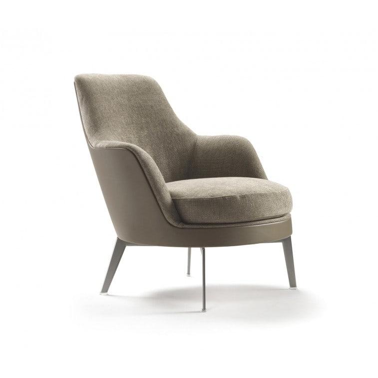 Flexform Guscio armchair by Antonio Citterio