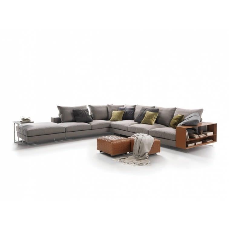 Flexform Lightpiece Sofa by Antonio Citterio