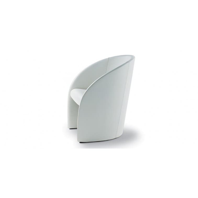 Intervista 360°-Armchair-Poltrona Frau-Lella & Massimo Vignelli