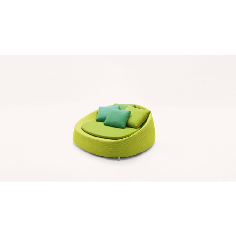 paola lenti afra outdoor amrchair