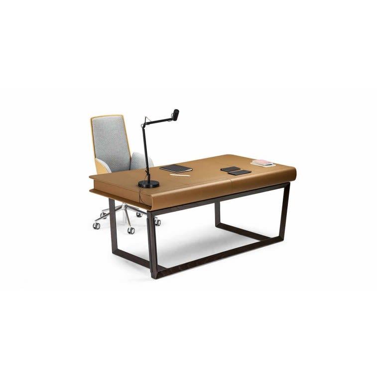 poltrona frau peek a book desk