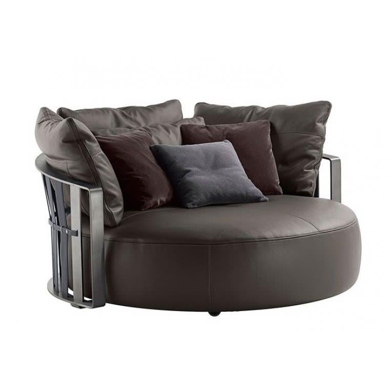 poltrona-frau-scarlett-sofa-front
