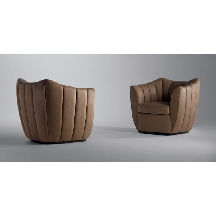 Willy Armchair 360°-Armchair-Poltrona Frau-Guido Bianchi