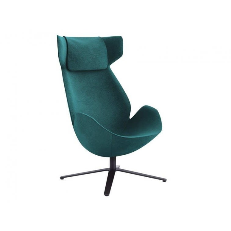 Tacchini Shelter armchair