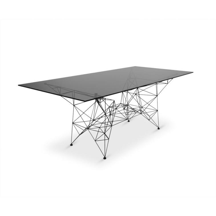 Tom Dixon Pylon table