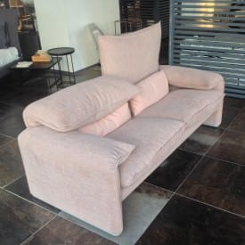 Maralunga Two-Seater Sofa Light Pink-Sofa-Cassina-Vico Magistretti