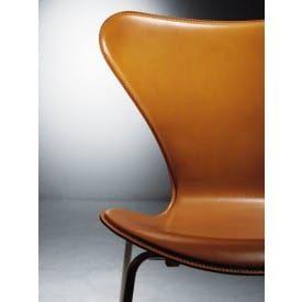 Series 7-3187-3197-padded-Stool-Fritz Hansen-Arne Jacobsen