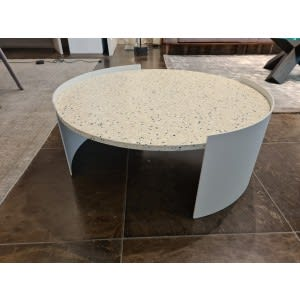 cassina bowy outdoor low table