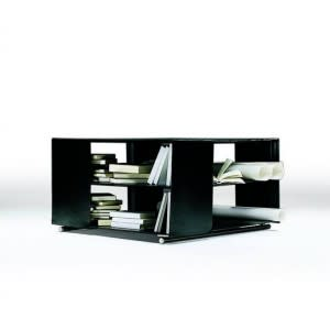 Groundpiece Flexform coffee table by Antonio Citterio