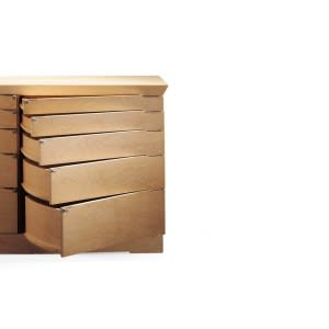 Giorgetti Eon chest of drawers maple