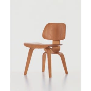 Plywood group DCW-Chair-VItra-Charles & Ray Eames