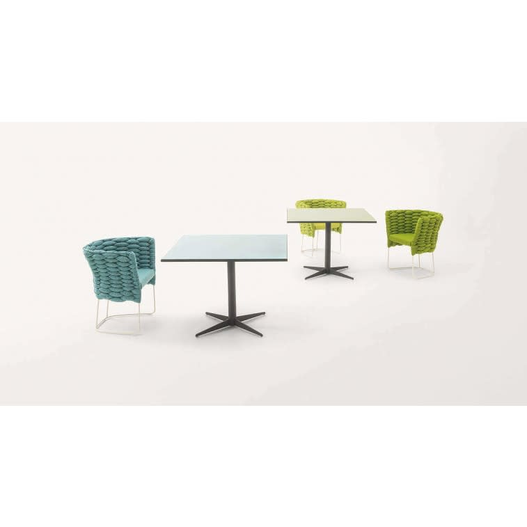 paola lenti cafe outdoor table