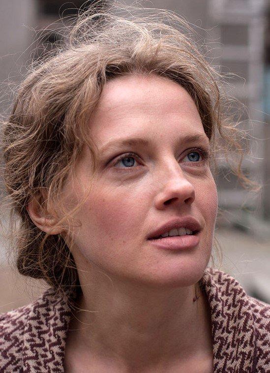 Как выглядит сегодня актриса, сыгравшая Катю в «Ворошиловском стрелке»