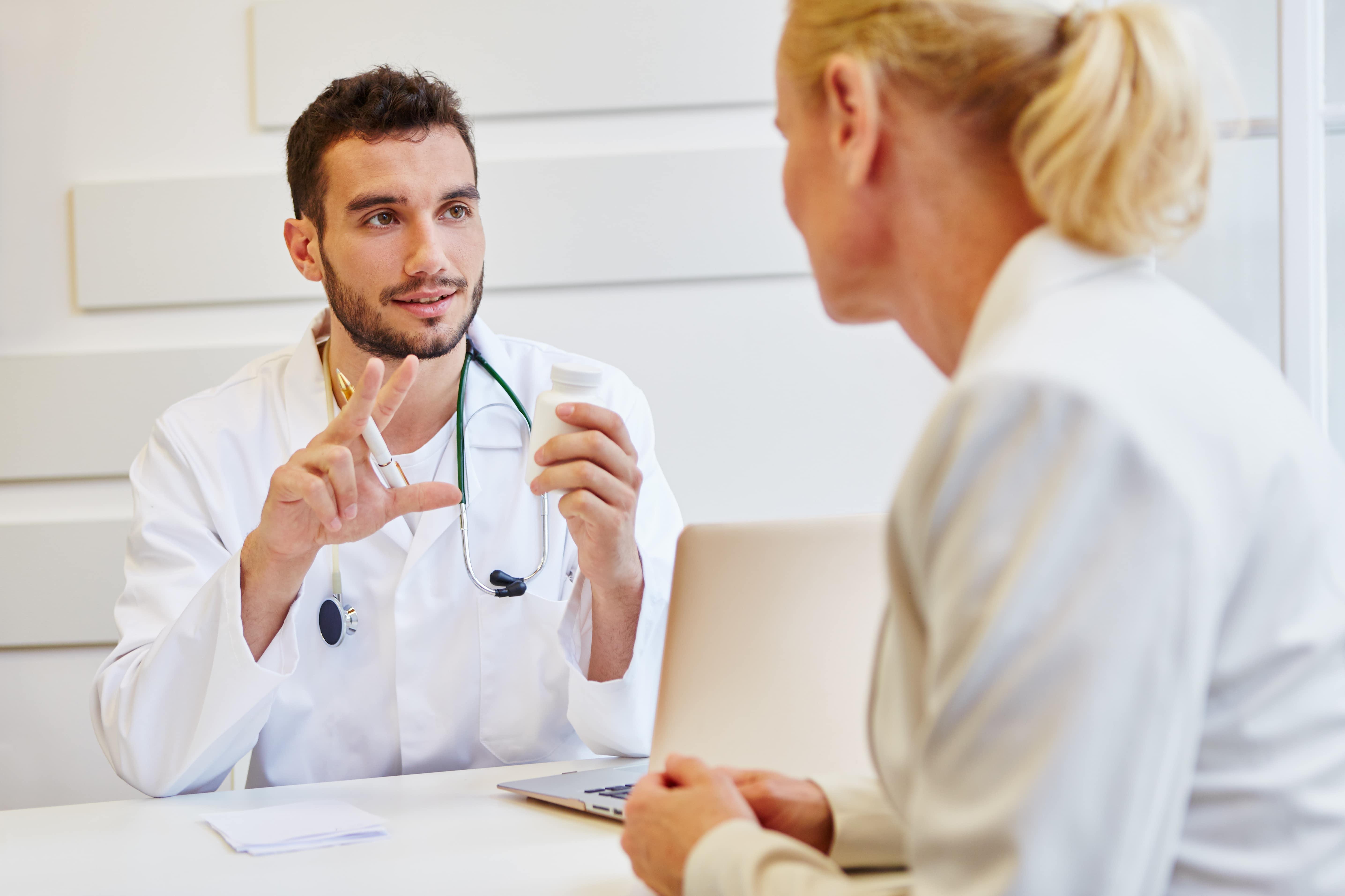 médecin du centre laser esthetique dermelia