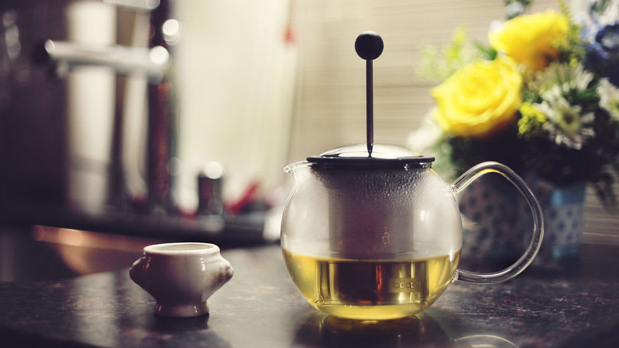 Green Tea Brewing for Face Wash