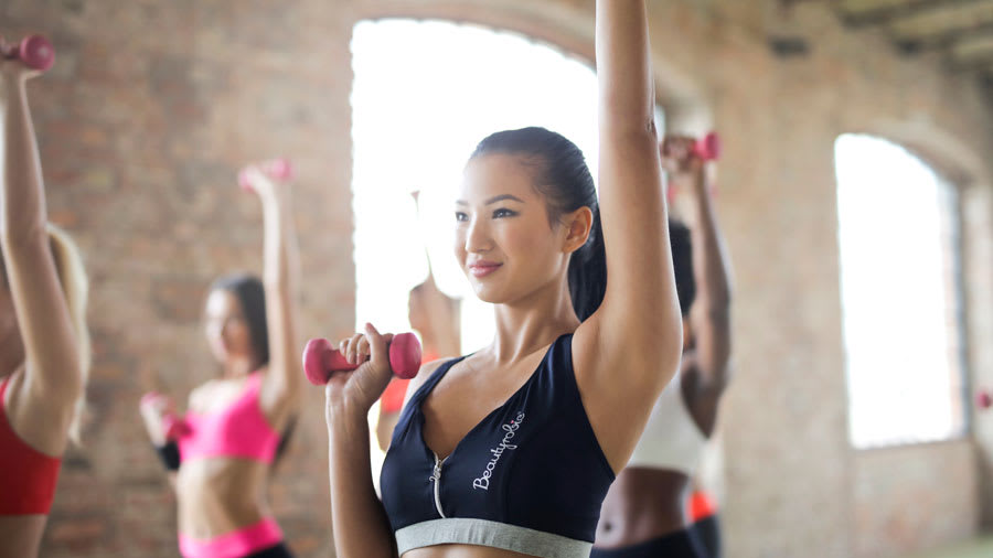3 Reasons Why You Should Never Wear Your Makeup to the Gym