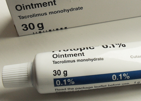 topical-stereoid-protopic-ointment-closeup Credit: Meiloorun at Wikimedia Commons