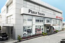 Plaza Toyota Tendean