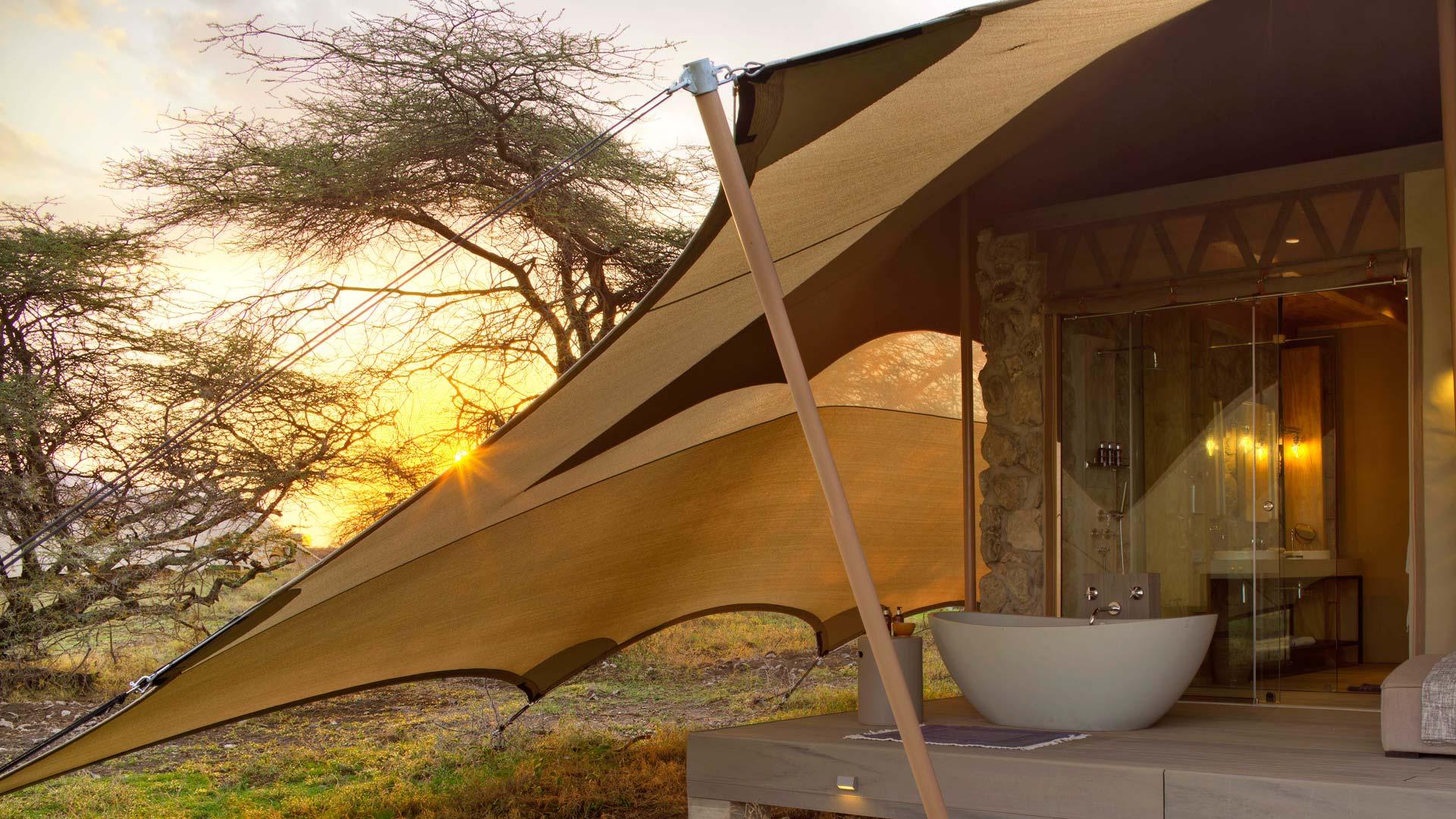 Exterior Bath on safari