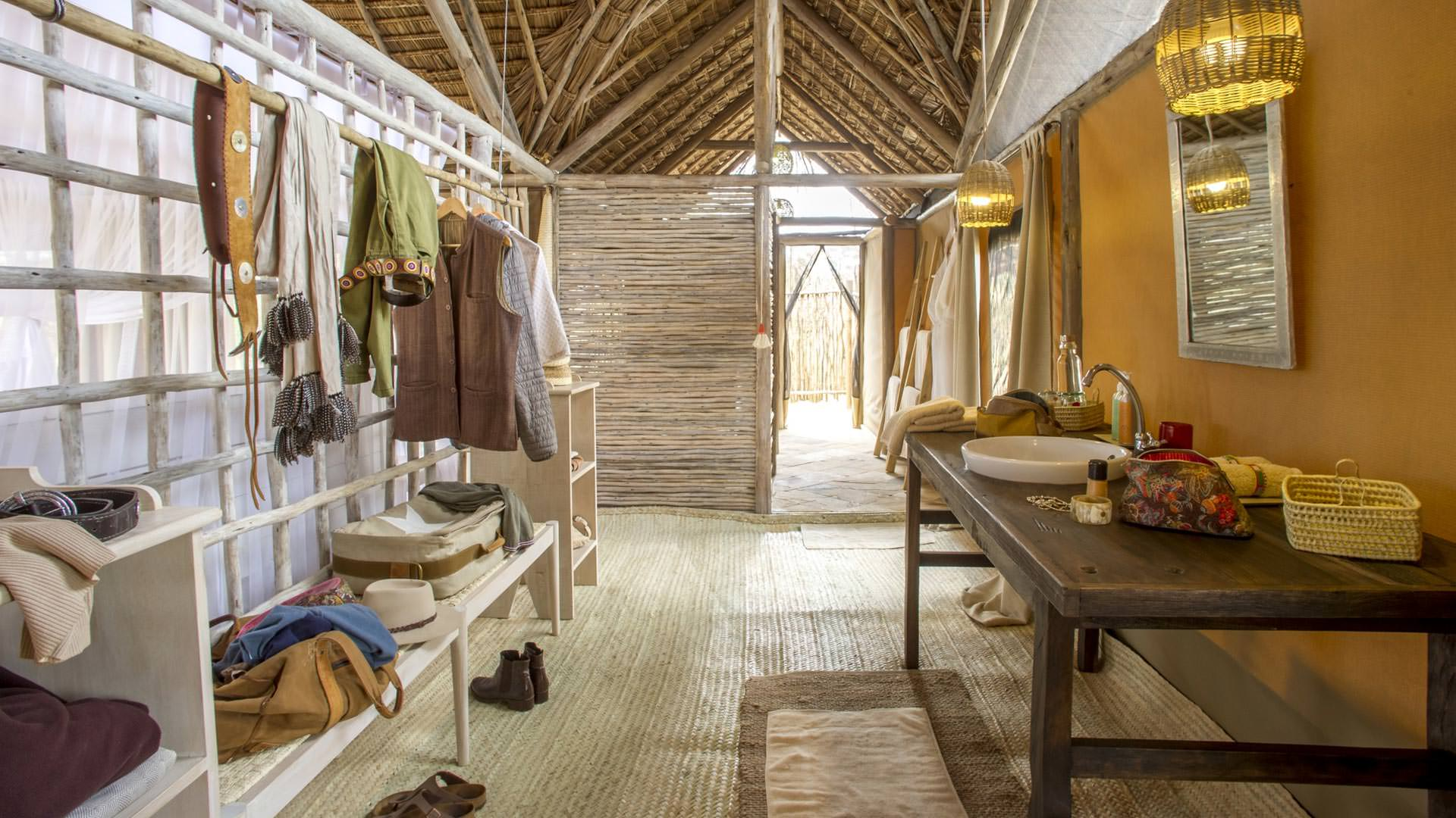 Bathroom at Kuro Camp
