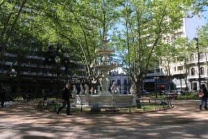 Praça em Montevidéu